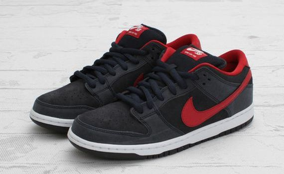 prix bas Nike Dunk Low Rouges Gymnase Sombres Obsidiennes eastbay à vendre vente moins cher JHUVoaba