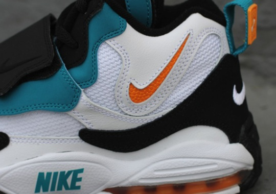 """Nike Air Max Speed Turf """"Dolphins"""" – Available"""