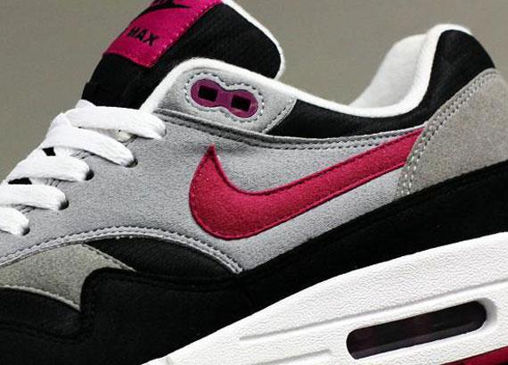 Nike WMNS Air Max 1 Black Wolf Grey Rave Pink