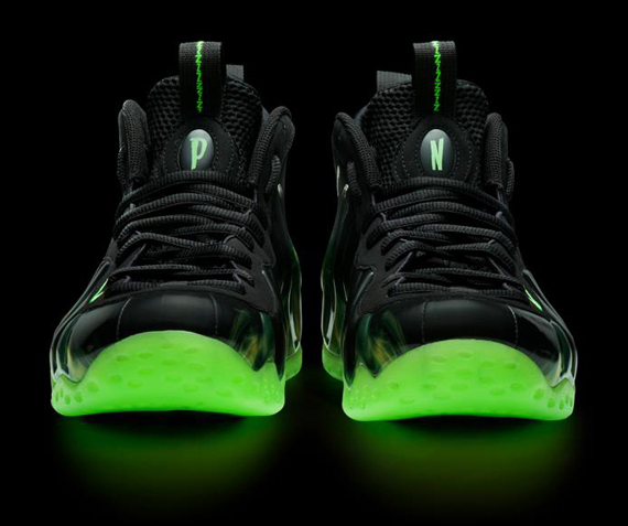 """ParaNorman"" Nike Air Foamposite One - SneakerNews.com"