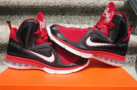 quality design 187ce 97d84 Nike LeBron 9