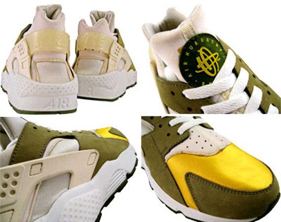 cheap for discount 967bc b6d3e Stussy x Nike Air Huarache (2000)