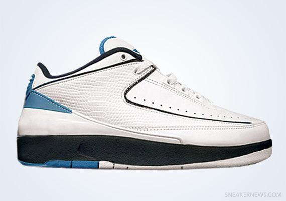 size 40 81079 242aa Air Jordan II Low - White - Midnight Navy - University Blue ...