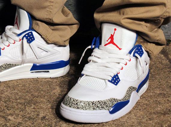Air Jordan IV
