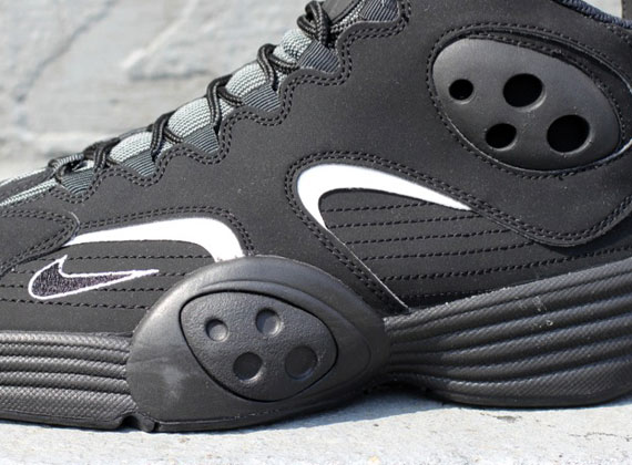new product 38e2f 72002 Nike Air Flight One – Black – White   Available