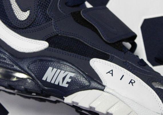 "Extrêmement Nike Air Speed Turf Max ""Cowboys"" - SneakerNews.com EU58"