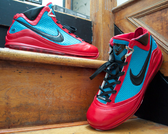 new style 5fbf9 6bc84 Nike LeBron VII
