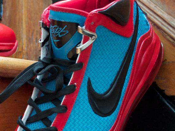 "the best attitude 12126 0dcff Nike LeBron VII ""Red Carpet Flip"" Customs By Laptop Lasane"