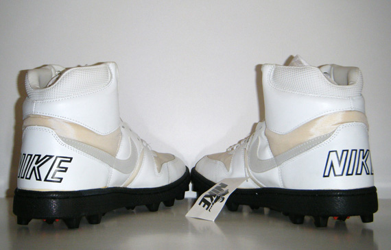 Nike Shark Og 1988 Football Cleats Sneakernews Com
