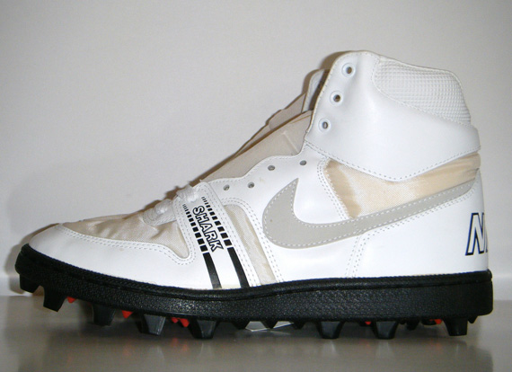 old nike football cleats