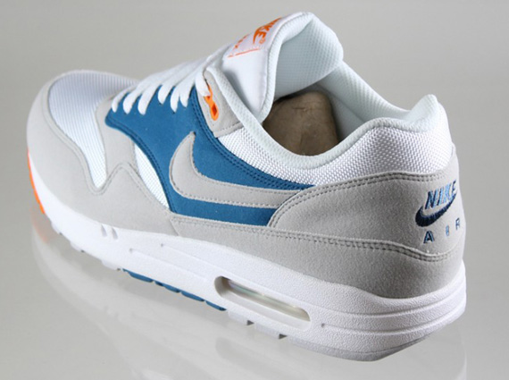 finest selection cd4fa 51e48 ... Air Max 1 your rotation. show comments