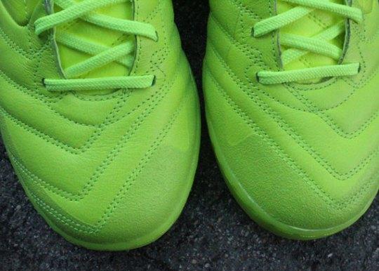 Nike5 Lunar Gato – Volt