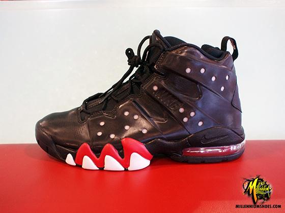 Nike Air Max Barkley Black Black-University Red-White 48119-061  140. show  comments 5c16bbd7f