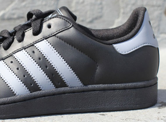 adidas originals superstar 2 black