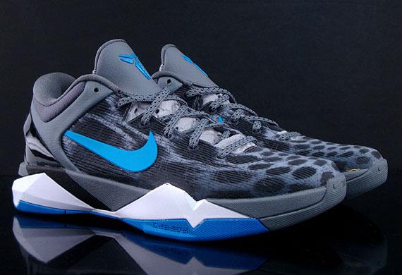 48118ac0926 Nike Zoom Kobe VII
