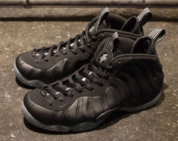 "40e60a9c6e9 Click here for Nike Air Foamposite One ""Stealth"" posts"
