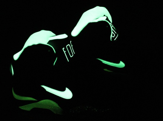 """Nike Air Force 180 Mid """"Glow in the Dark"""" – Release Date"""