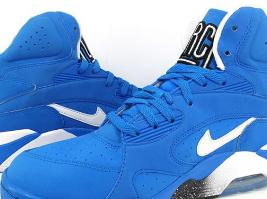 "Nike Air Force 180 Mid ""Photo Blue"""
