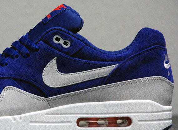 2012 Nike Air Max Gold