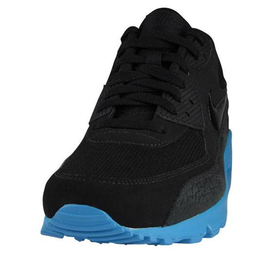 nike air max 90 black and blue
