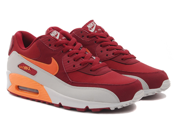 OFF WHITE x Nike Air Max 90 University Red Now Expected To