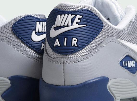 Nike Air Max 90 Essential Wolf Grey White Dark Royal Blue
