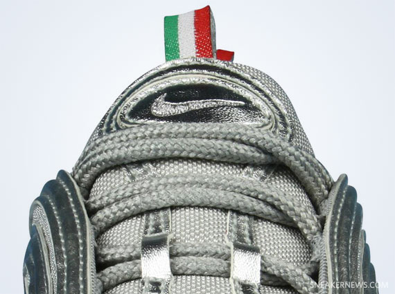 Zr75hhsh outlet nike italian flag sneakers for Nike official site italia