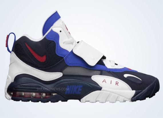 nike speed turf 2013 release dates Sneaker release dates nike air speed turf max the nike speed turf max returns in february nike air max speed turf – black – white.