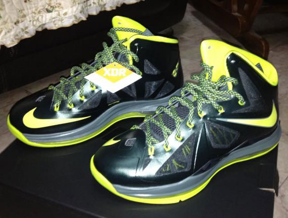 the latest 98321 4a93e Nike LeBron X XDR 'Dunkman' Seaweed/Atomic Green-Hasta 541100-300 11/21/12.  Advertisement. Photos: Hupu