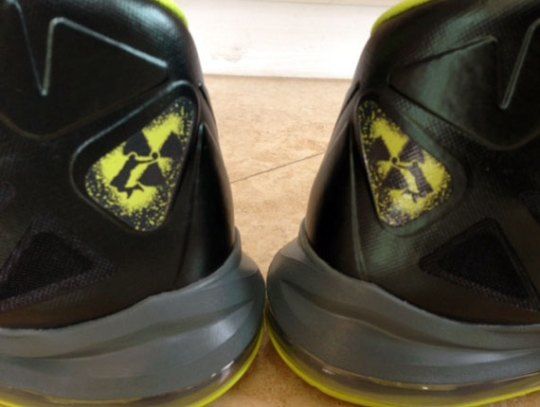 "Nike LeBron X ""Dunkman"" – Available on eBay"