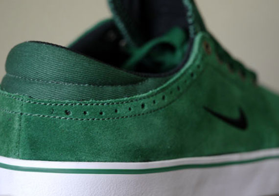 the best attitude 09d89 3935b delicate Nike SB Team Edition 2 quotGorge Greenquot