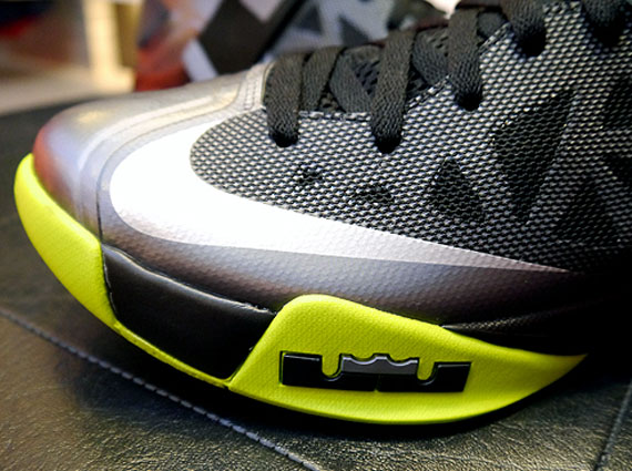 outlet store d204e e2e43 Nike Zoom Soldier 6 – Black – Grey – Light Green