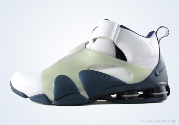 promo code 9a7af 61758 Classics Revisited  Nike Shox Stunner (2002)
