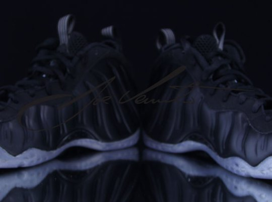 """""""Stealth"""" Nike Air Foamposite One – Detailed Images"""