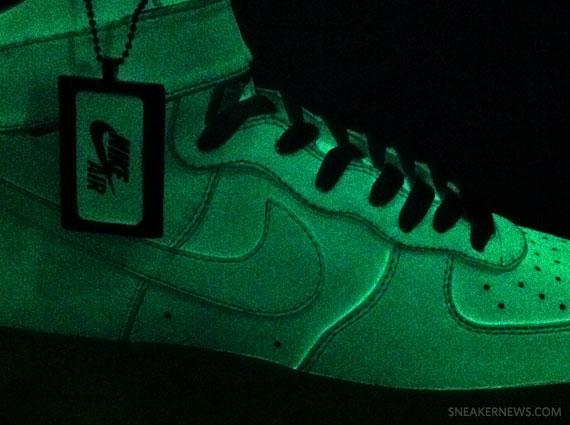 nike air force glow in the dark