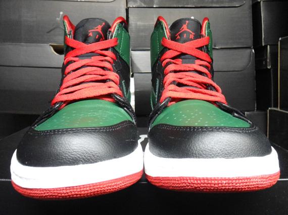 8e1856a66e1 Air Jordan 1 Retro High Black/Gym Red-Gorge Green-White 332550-025 12/01/12  $110. Advertisement. show comments