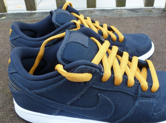 low priced 78c08 e7644 Levis x Nike SB Dunk Low - Unreleased Sample - SneakerNews.com