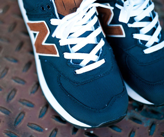 dark blue new balance 574