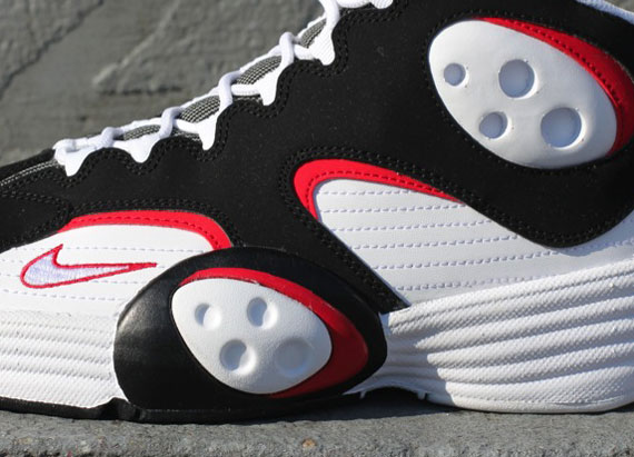 "low priced 96d5a 911ff Nike Air Flight One ""Bulls"""