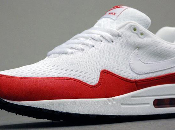 Nike Air Max 1 EM White University Red