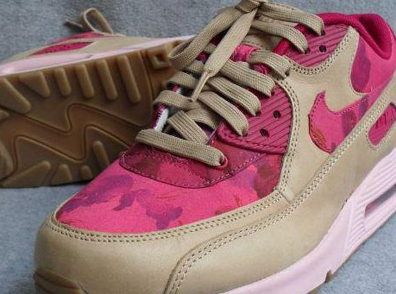 pink camouflage nike air max