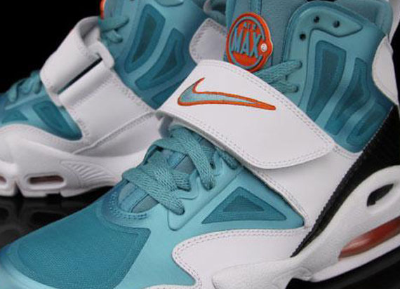 """brand new 9c95c aceae Nike Air Max Express """"Dolphins"""" – Available"""