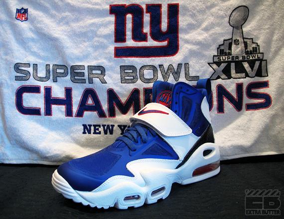 "Nike Air Max Express ""Giants"" - SneakerNews.com"