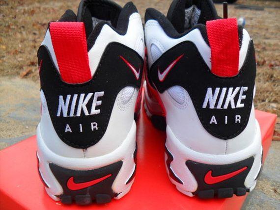 Nike Air Turmoil Mid OG Available On EBay