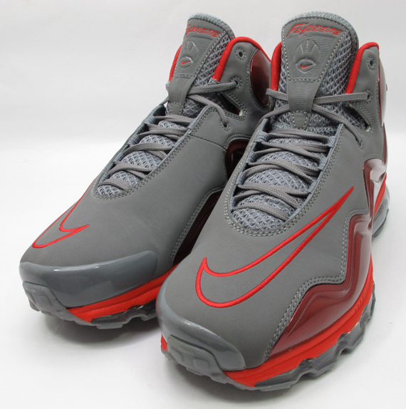 competitive price c72b8 7f510 Nike Air Max Flyposite - Grey - Red - SneakerNews.com