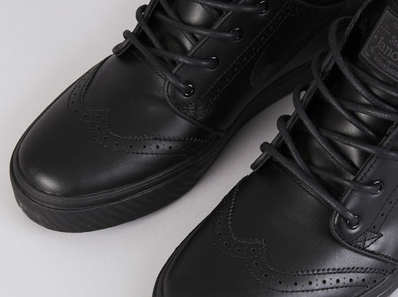 "best service dc382 b1ce1 Nike Zoom Stefan Janoski Mid Premium ""Black Wingtip"" – Available"