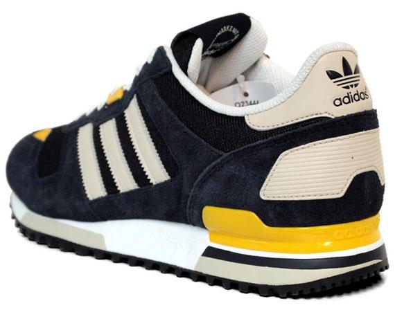 adidas ZX 700 Sneakers In 9usJZ5Df