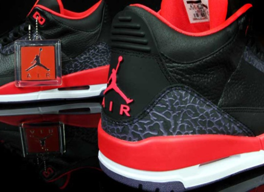 "Air Jordan 3 Retro ""Bright Crimson"""