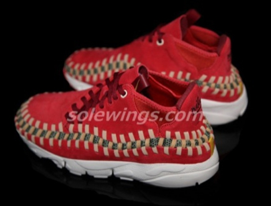 Nike Air Footscape Woven Chukka – Red Suede
