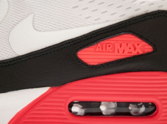"Nike Air Max 90 Engineered Mesh ""Infrared"""